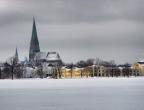 Stadtansicht mit Dom im Winter